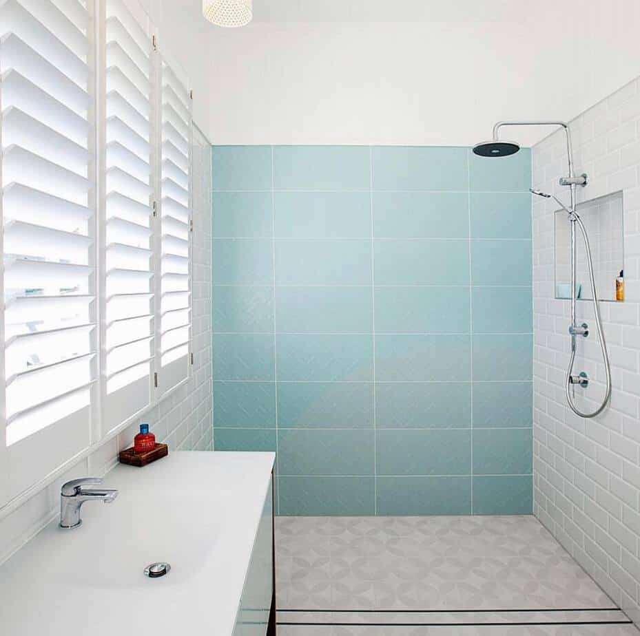 Small Bathroom Trends 2020: Photos And Videos Of Small ... on Small Bathroom Remodel Ideas 2019  id=68827