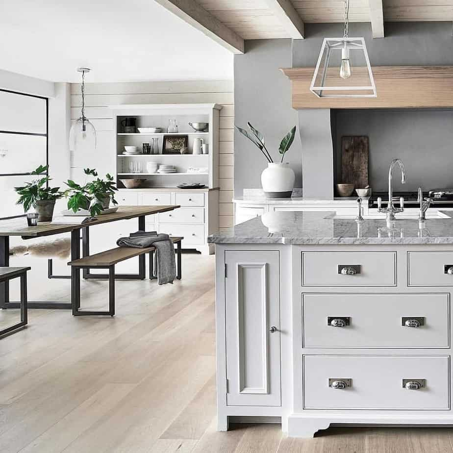 8 Best Small Kitchen Ideas 2020: Photos and Videos of ... on Best Small Kitchens  id=43265