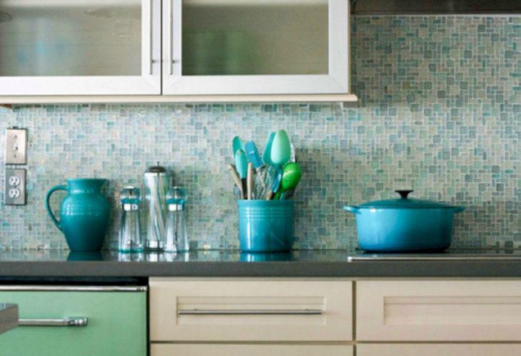 31 Glass Mosaic Tile Kitchen Backsplash Ideas
