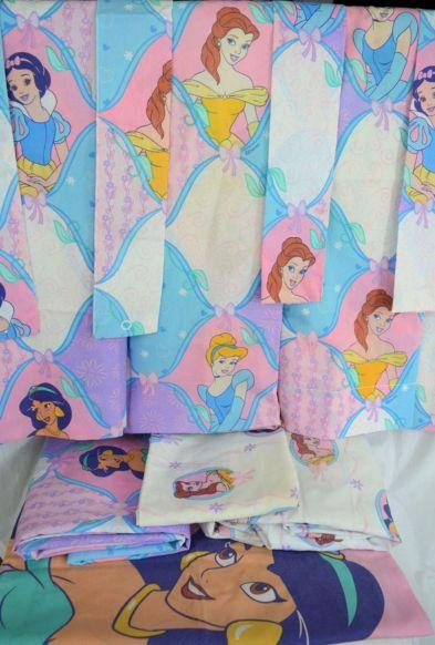 Beautiful Curtain Princess Design Ideas 13