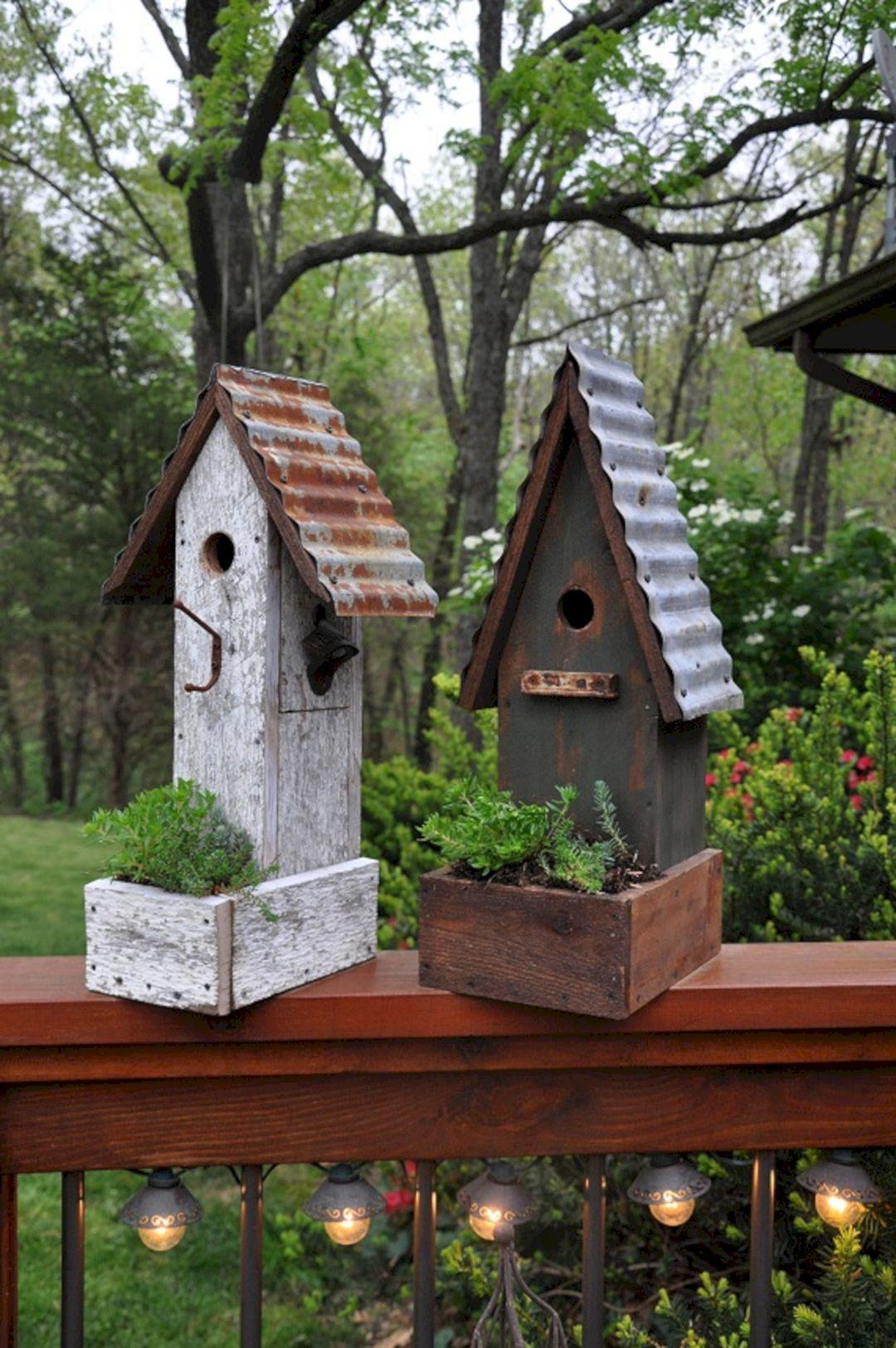 Birdhouses Rustic in Your Garden Ideas