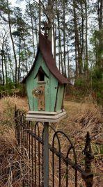 Most Popular Birdhouses Rustic in Your Garden 31