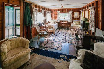 Rustic Cottage Style Decor