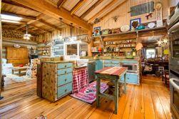 Amazing Farmhouse Kitchen Design And Decorations Ideas 0478
