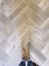 Degree Herringbone Pattern Wood Floor (2)