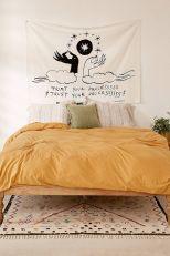 Incredible Yellow Aesthetic Bedroom Decorating Ideas 24