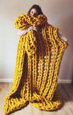 Incredible Yellow Aesthetic Bedroom Decorating Ideas 30