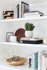 Inspiration Styling Bookshelf Ideas 27