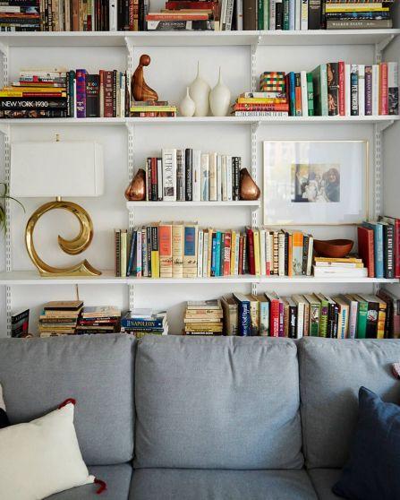 Inspiration Styling Bookshelf Ideas 40