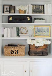 Inspiration Styling Bookshelf Ideas 47