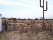 Metal Ranch Entrance Gates