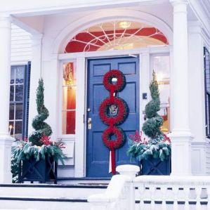Front Door Christmas Decorations Design