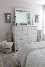 Rustic Farmhouse Style Master Bedroom Ideas 14