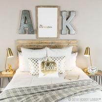Rustic Farmhouse Style Master Bedroom Ideas 3