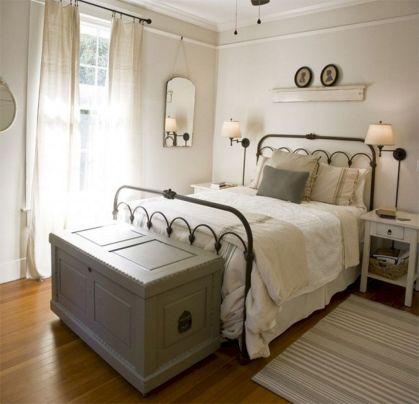 Rustic Farmhouse Style Master Bedroom Ideas 7