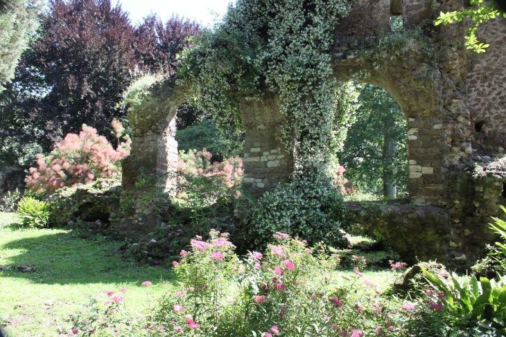 Famous Italian Gardens Ninfa