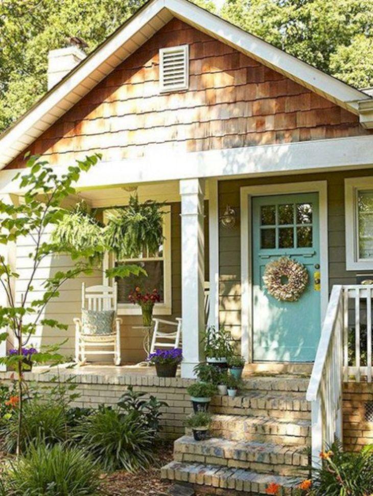 Small Cottage Front Porche