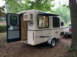 Small Travel Camper Trailer