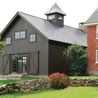 Farmhouse Exterior Design 2