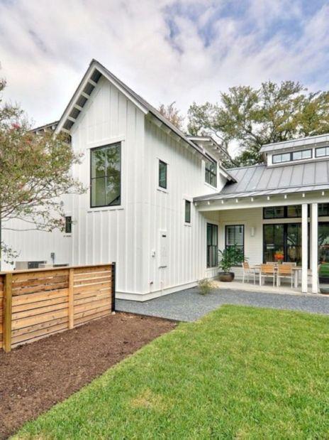 Farmhouse Exterior Design 20