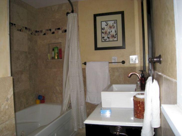 Small Full Bathroom Remodel Ideas 11