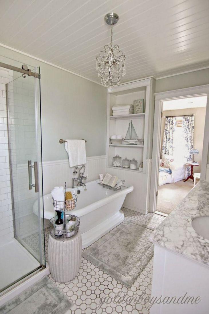 Small Master Bathroom Design 22
