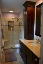 Small Master Bathroom Design 26