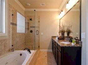 Small Master Bathroom Design 4