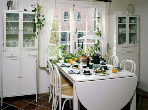 Small Dining Room Ideas 18