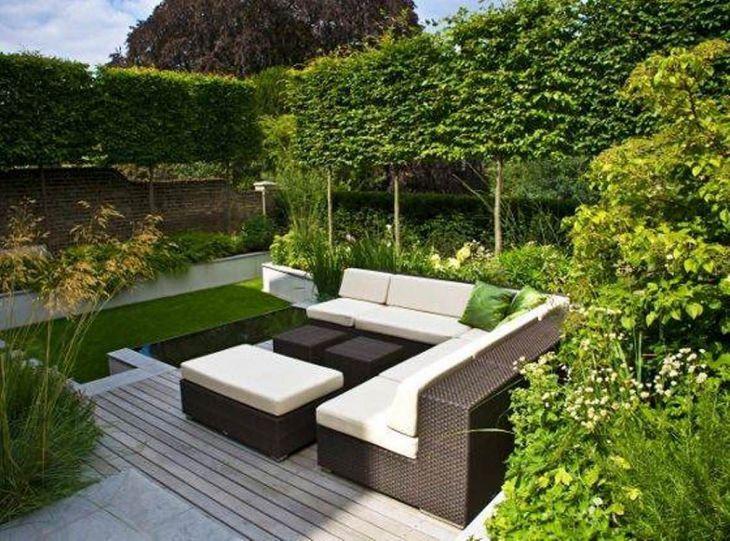 Small Outdoor Garden Decor Ideas 14