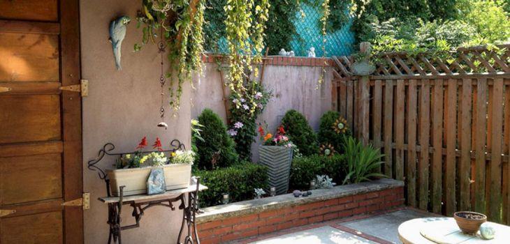 Small Outdoor Garden Decor Ideas 19