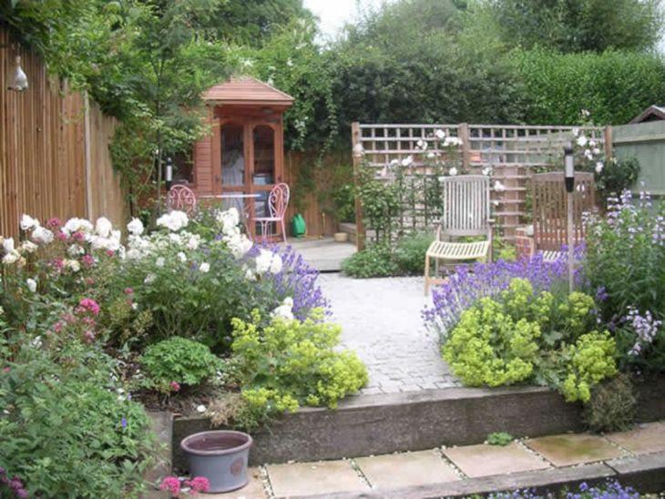 Small Outdoor Garden Decor Ideas 8