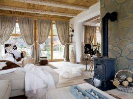 Tiny Cottage House Interiors 16