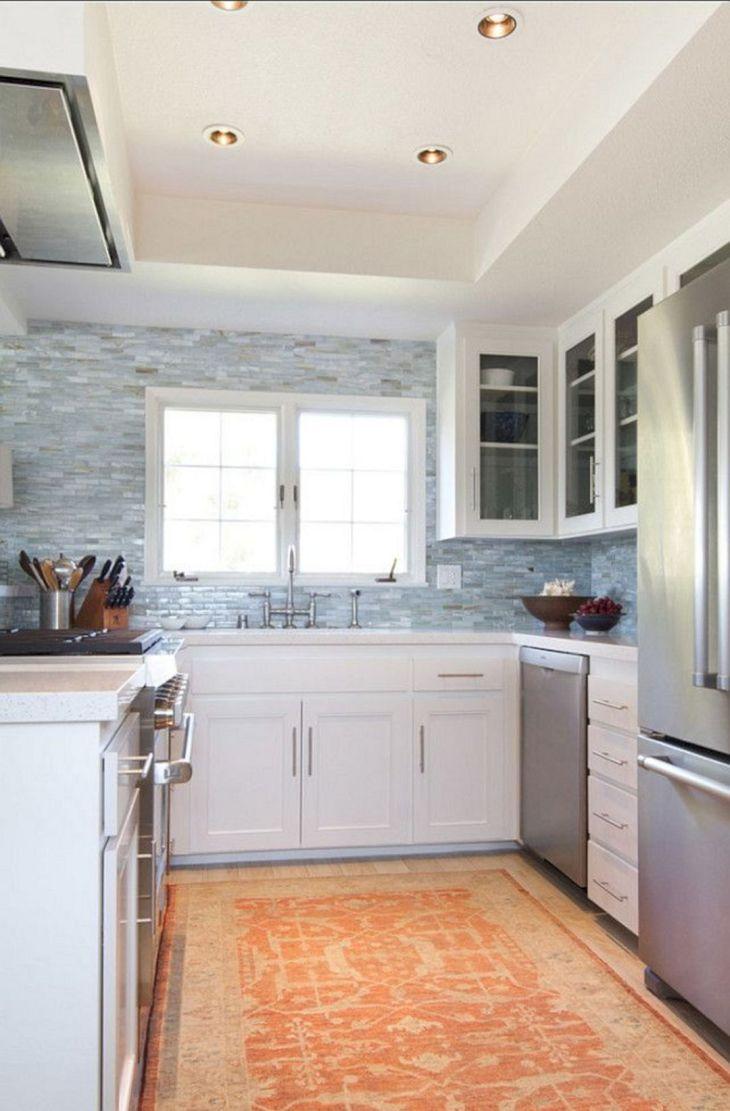 Small Cottage Kitchens Design 18