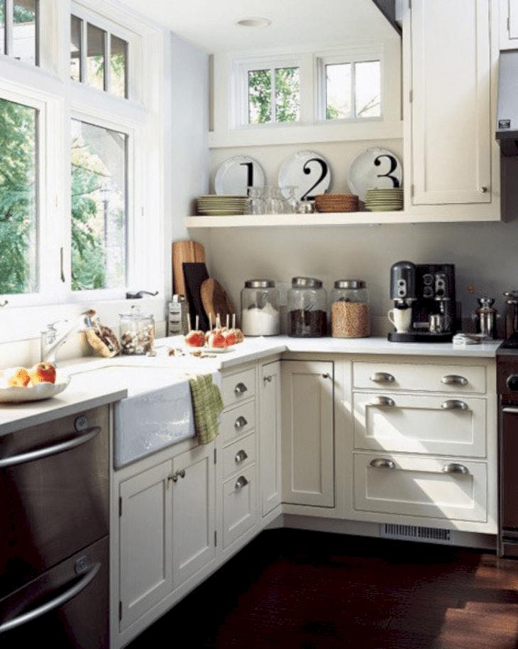 Small Cottage Kitchens Design 21