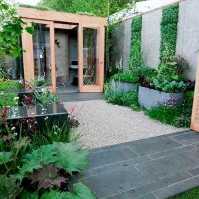 Urban Backyard Design Ideas 20