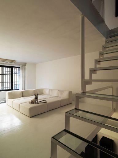 Minimalist Apartment Decor 22