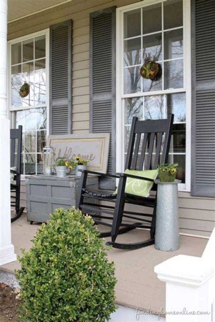 Summer Front Porch Decoration 16
