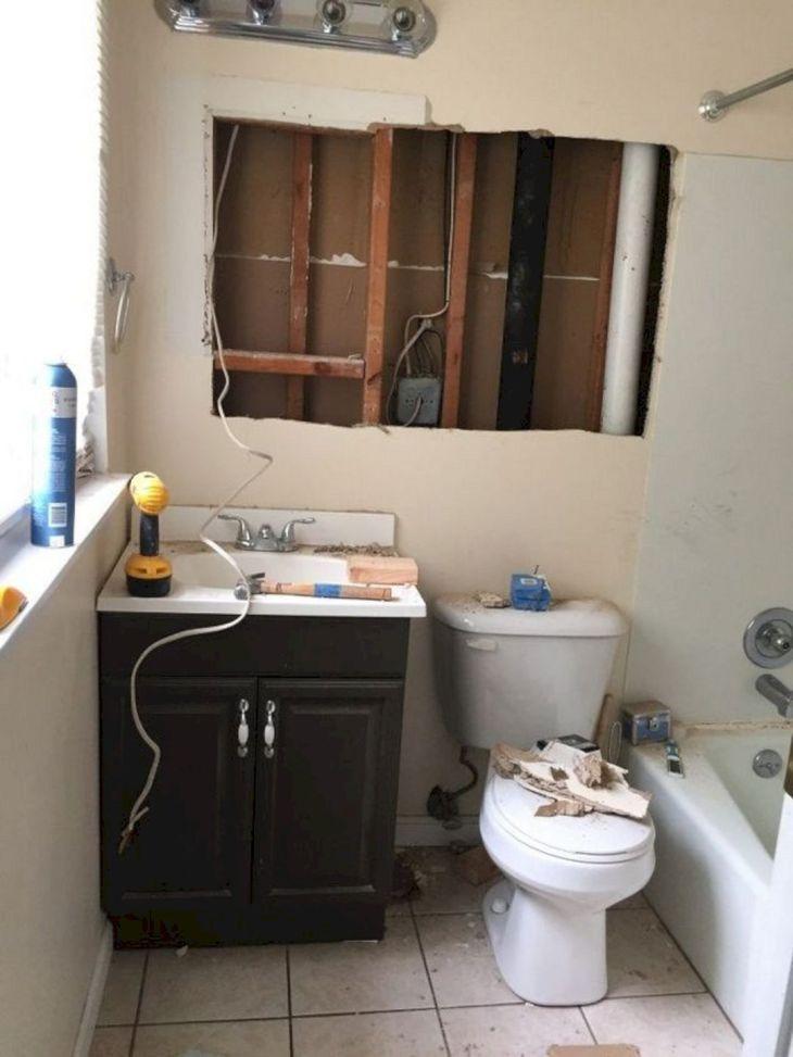 20+ Best DIY Master Bathroom Ideas Remodel On a Budget ... on Bathroom Ideas On A Budget  id=59280