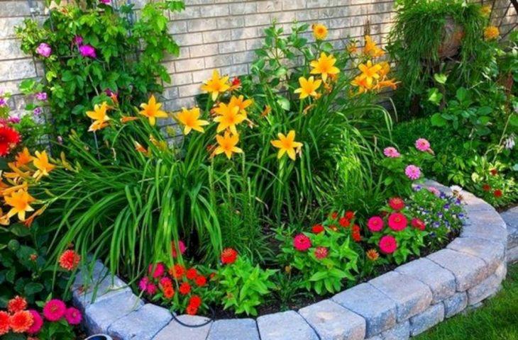 Front Yard Flower Garden Design 21