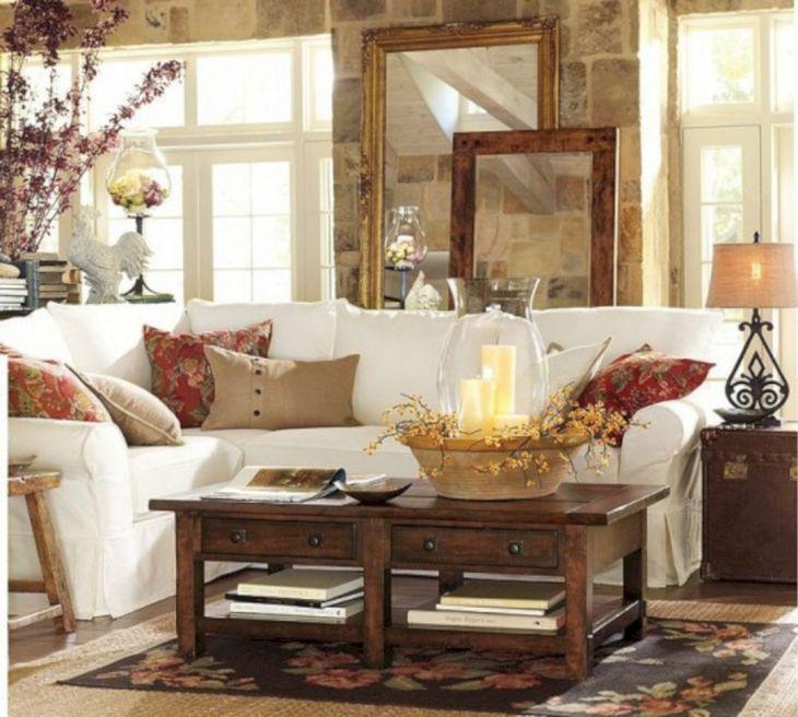 Living Room Fall Decor Ideas 31