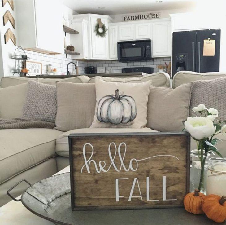 Living Room Fall Decor Ideas 34