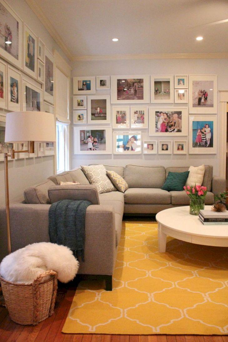 Living Room Wall Gallery Design 18