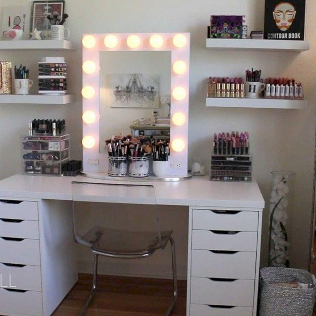 20 Beautiful Makeup Vanities Design For Pleasant Home Decorations ...