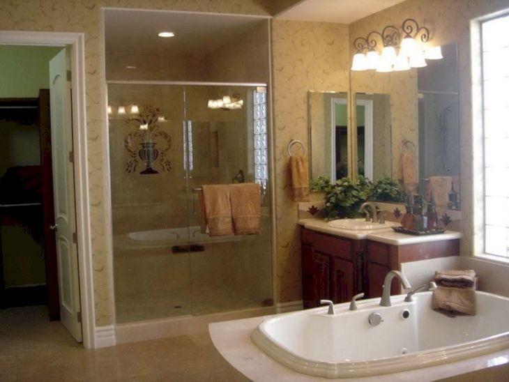 Master Bathroom Design and Decor 5
