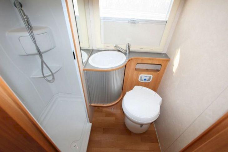 RV Bathroom Shower 011