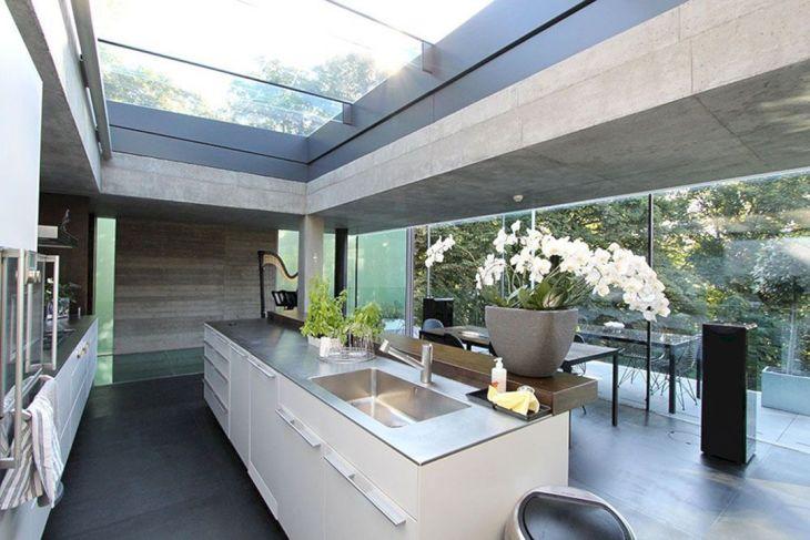 Open Roof Natural Light Ideas