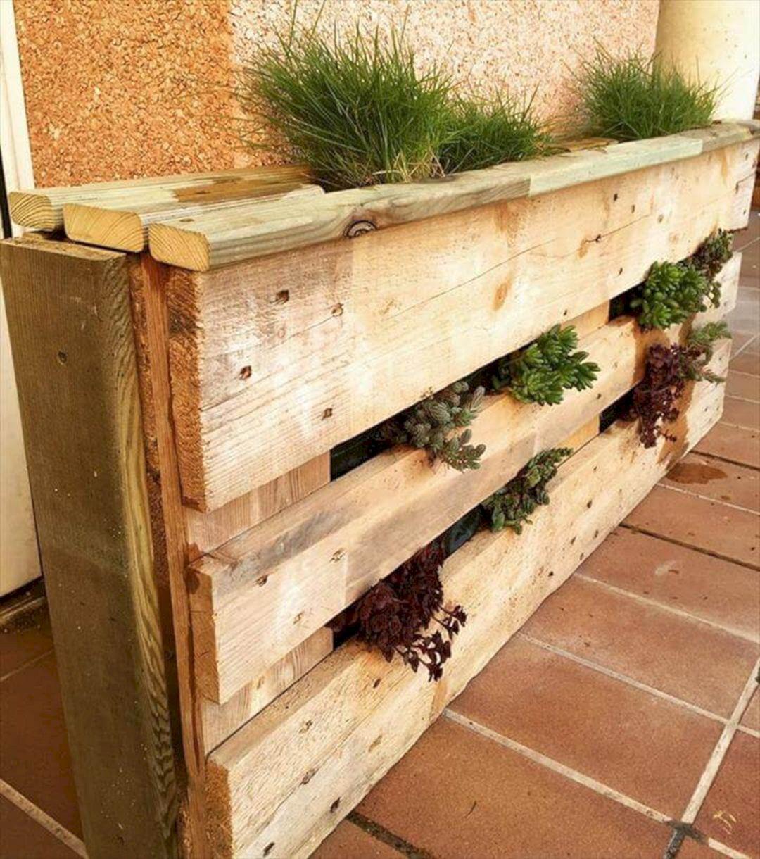 DIY Wood Pallet Furniture