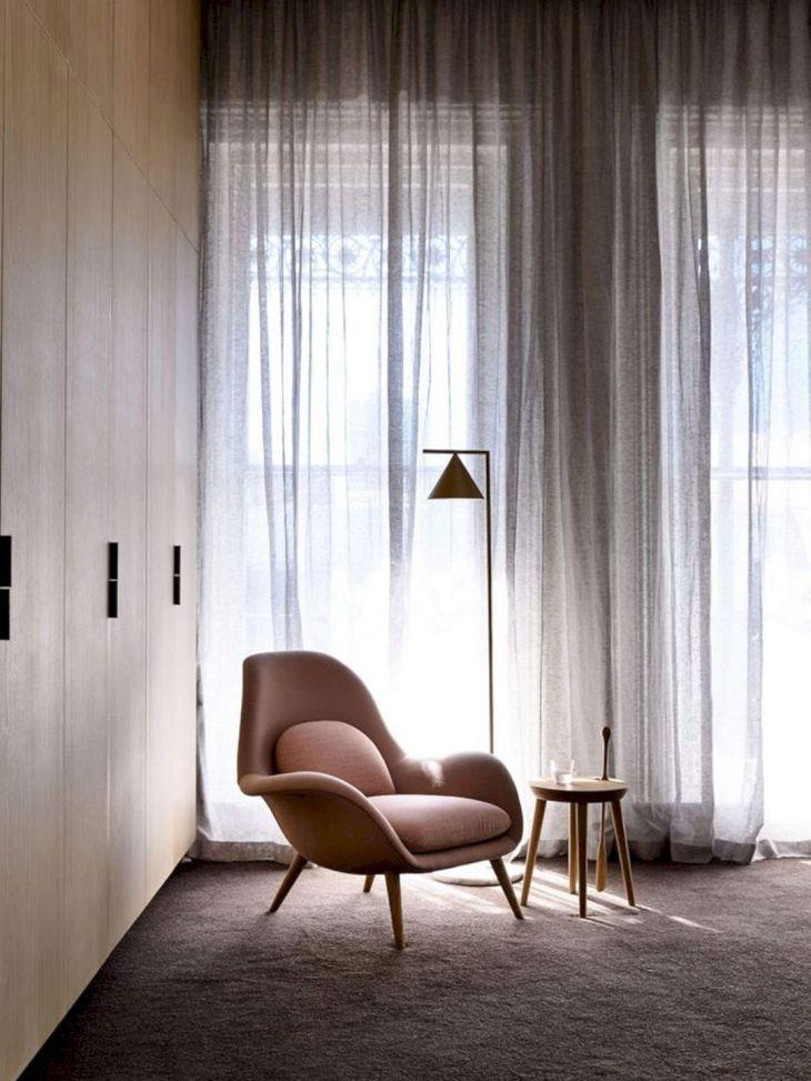 MInimalist Transparant Curtain Design