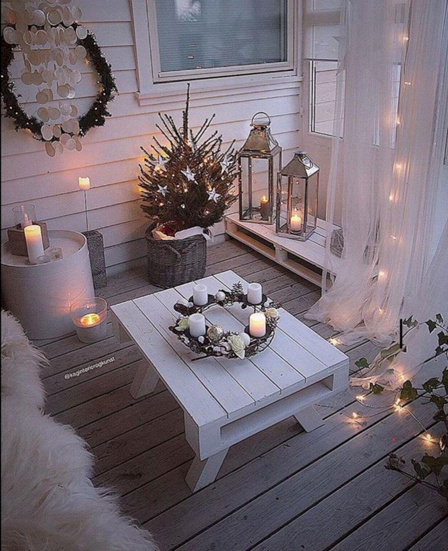 Christmas Balcony Ideas